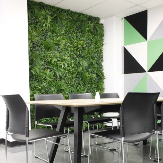 accessories-green-wall