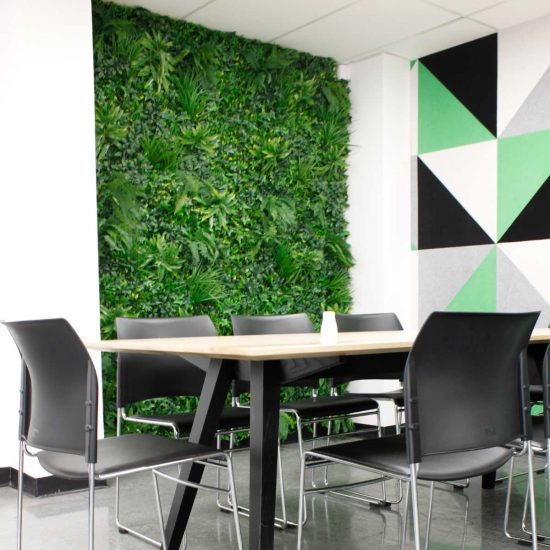specialist-green-wall