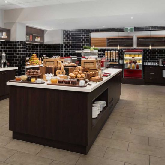 specialist-retail-display-joinery